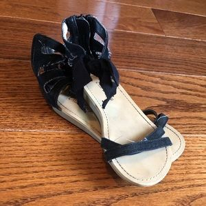 Old Navy Black Sandals Baby Girl 8